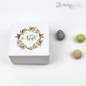 Μπομπονιέρα κουτάκι με ύφασμα καμβά και χρυσοτυπία