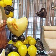 Σύνθεση απο μπαλόνια μαύρο κίτρινο love